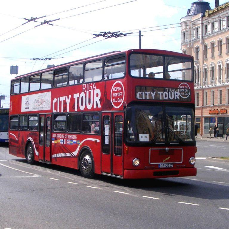אוטובוס תיירים ריגה